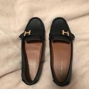 Tommy Hilfiger 71/2 black loafer